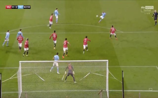 Video: Fernandinho scores lovely volley for City vs Man United