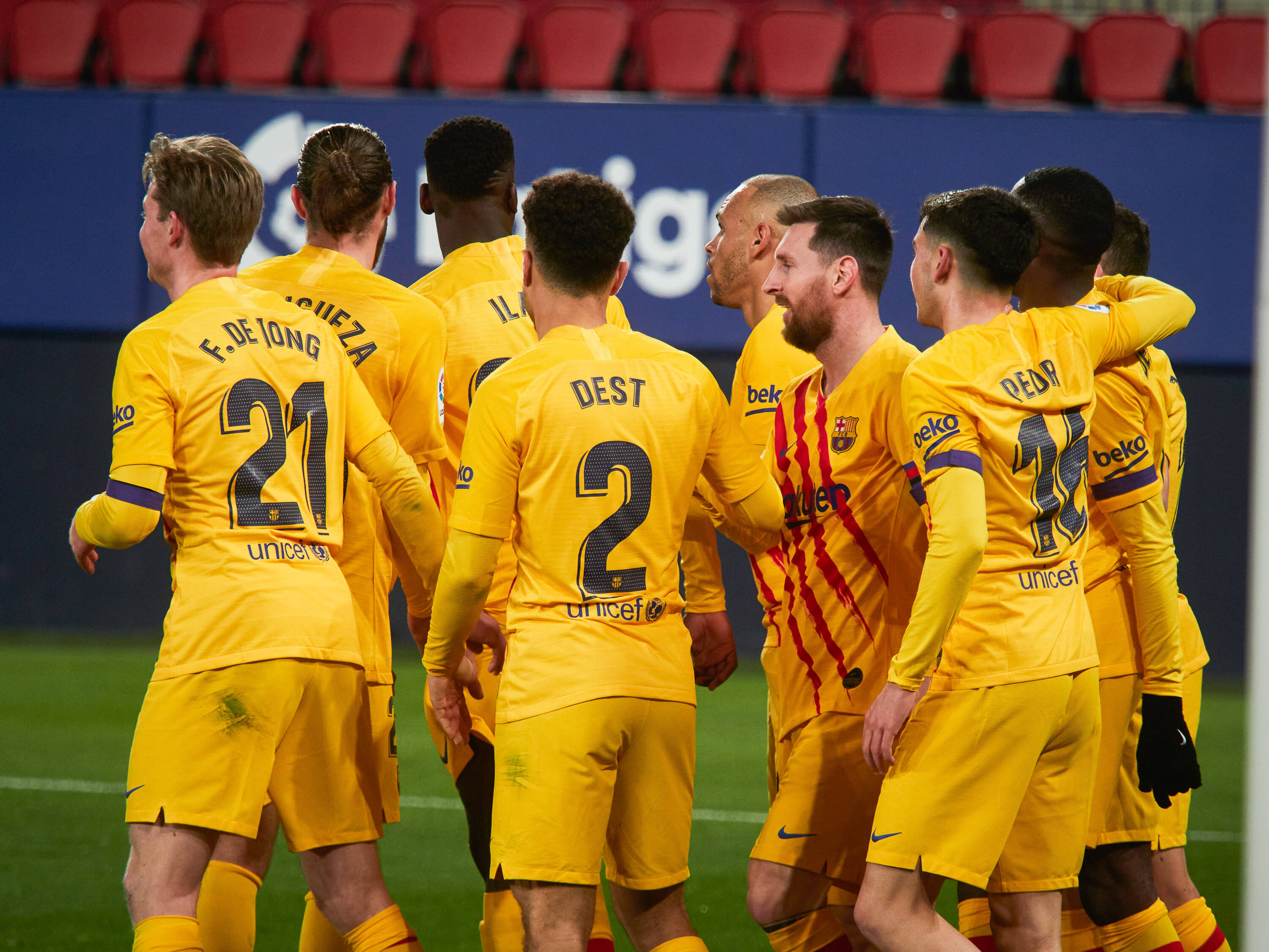 Arsenal rebuffed in their attempts to take advantage of Barcelona's woes and sign star