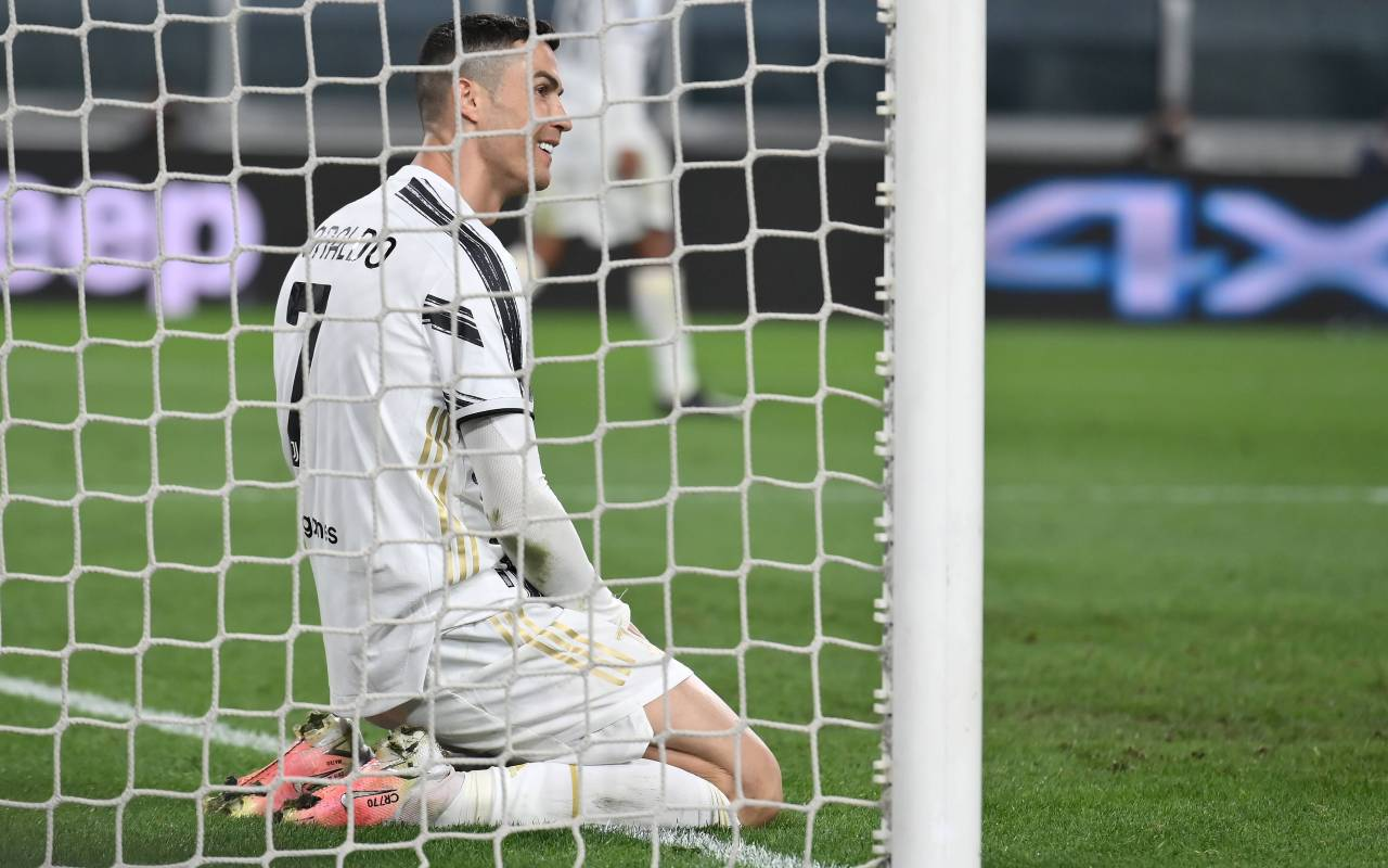 Contact made: European powerhouses in talks over Cristiano Ronaldo signing with Juventus willing to sell for as little as €25m. 49