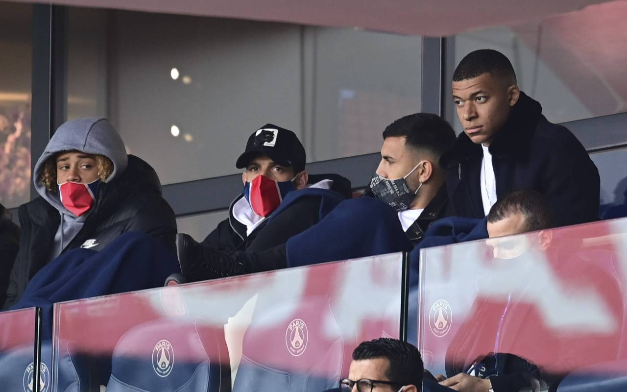 Kylian Mbappe In Psg Squad To Face Manchester City