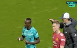 Video - Mane refuses to shake hands with Klopp after Liverpool beat Man United