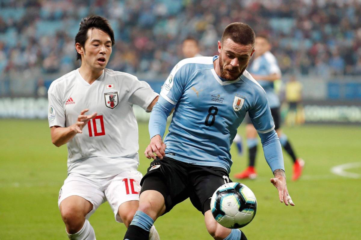 Leeds United determined to complete €36M deal for Cagliari midfielder