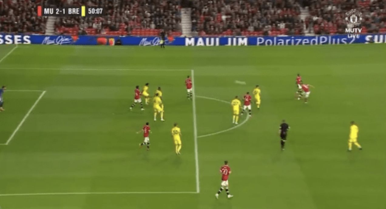 Video: Andreas Pereira channels his inner Paul Scholes as he smashes a first-time volley in off